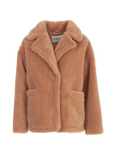 Picture of Stand Fur Coats