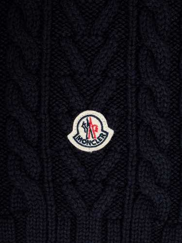 Picture of Moncler Scarves