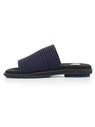 Picture of Pleats Please By Issey Miyake Shoes