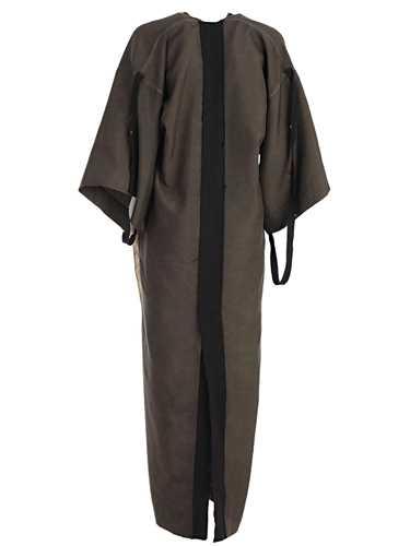 Picture of Phaedo Suits
